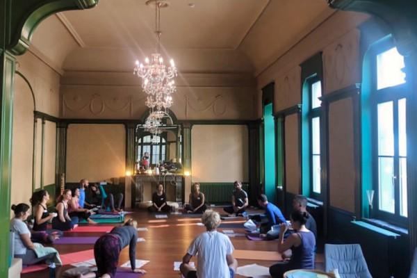 popup-yoga-workshop-1